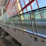 18b.-EDS_Install-Stainless-Balustrade-support_Glass-scaled.jpg